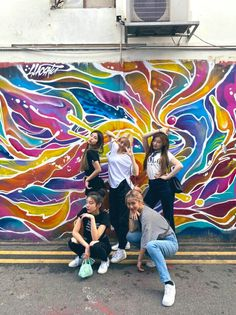 ITZY 191212 One Production Singapore update Boy Pictures, Friend Pictures, Toddler Poses, Cute Friends, New Girl, Korean Girl Groups, Kpop Girls, Role Models, Photoshoot