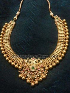 Necklaces Simple Tussi Kundan Set - Jewellery Designs - Latest Collection of best Indian Jewellery Designs. Bridal Jewelry, Gold Jewelry, Jewelery, Tiffany Jewelry, Pandora Jewelry, Statement Jewelry, Diamond Jewelry, Antique Necklace, Antique Jewelry