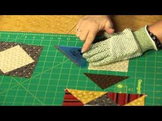 Quilting Quickly: Washington Pinwheels - Traditional Quilt Pattern - YouTube