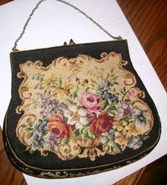 Antique Vintage Needlepoint Tapestry Roses Floral Ladies Purse -- Nice!