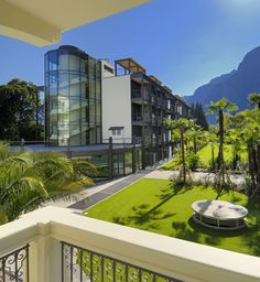 Murialdo Suites at Du Lac et Du Parc Grand Resort: Modern suites located within a structure of glass and metal, a beautiful example of contemporary architecture that blends with nature.