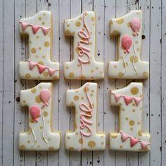 Super Cookies, Baby Cookies, Iced Cookies, Easter Cookies, Cupcake Cookies, Cupcakes, Cookie Icing, Royal Icing Cookies, First Birthday Cookies