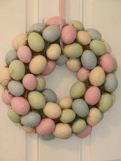 Cute DIY Easter wreath