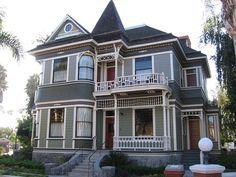 7e0e3351cd29f2d3ba873b6f5c926057 Jpg 236 177 Pixels Victorian Cottage Houses Homes Exterior
