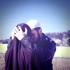 #muslim couple #love #islam #forthesakeofallah #muslimcouple #muslimlove #truelove