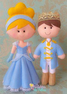 Cinderella and her Prince Puppet Crafts, Doll Crafts, Diy Doll, Felt Fabric, Fabric Dolls, Cinderella Party, Felt Decorations, Felt Patterns, Lol Dolls