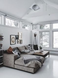 Here we showcase a a collection of perfectly minimal interior design examples for you to use as inspiration.Check out the previous post in the series: 22 Home Living Room, Living Room Designs, Living Room Furniture, Living Room Decor, Living Spaces, Corner Sofa Living Room, Apartment Living, Corner Couch, Lounge Furniture