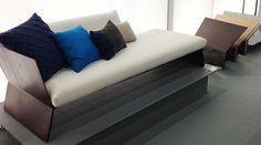 Planos é a primeira linha de sofás do designer Guto Indio da Costa