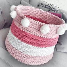 Örgü Çamaşır Sepeti Modelleri 21 Crochet Symbols, Crochet Motifs, Wire Crochet, Crochet Gifts, Crochet Toys, Crochet Baby, Knit Crochet, Quick Crochet Patterns, Crochet Basket Pattern