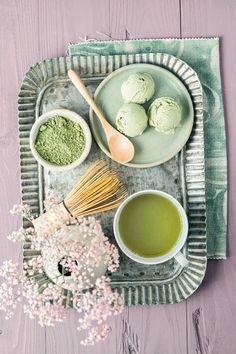 Japanese Sweets, Japanese Matcha, What Is Matcha, Matcha Green Tea Latte, Pineapple Wallpaper, Green Bubble, Green Tea Benefits, Magic Recipe, Tea Ceremony