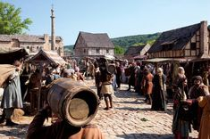 Medieval Market, Medieval Life, Medieval Fantasy, Armadura Medieval, Middle Ages, Scenery, Street View, City, World