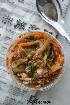 Przeciętny Koreańczyk zjada go 22 kg rocznie, magazyn Healthuznał je za jedno z najzdrowszych dań świata,historia jego wytwarzania sięga 1000 lat wstecz, a jakby tego było mało tradycja jego przygotowania została wpisana na Listę Świat[...]