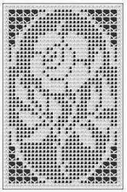 Crochet Roses filet crochet free pattern -- It's a crochet pattern, but I think it would look pretty in cross stitch. - This is a free crochet chart for a beautiful rose design. It is a filet crochet flower chart with a variety of applications. Col Crochet, Filet Crochet Charts, Crochet Flower Patterns, Thread Crochet, Crochet Designs, Crochet Flowers, Crochet Stitches, Double Crochet, Crochet Solo