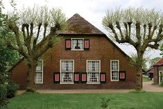 Driebergen, Het Grote Stuk Utrecht, Cabin, House Styles, Home Decor, Decoration Home, Room Decor, Cottage, Interior Decorating, Cottages