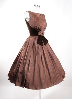 1950's Velvet Trimmed Dress. walkaway dress