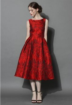 This princess-seamed, pleated frock is the red beauty you need to add to your formal collection of fall pieces! With a fab floral embossed overlay and solid black lining, this glamorous dress is well-designed and perfectly suited for a night of fine dining, dancing and style!  - Boat neckline - Back zipper closure - Lined - 35% Cotton, 65% Polyester - Dry clean or hand wash Size(cm) Length  Bust  Waist S                112      82       68 M               112      86       72 L            …