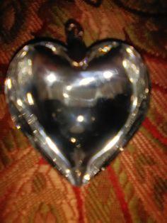 Queen Arelis Of Scots' Royal Diamond Heart Of Gibraltar. Royal Diamond, Diamond Heart, Heart Ring, Royal Jewels, Queen, Jewelry, Jewlery, Jewerly, Schmuck