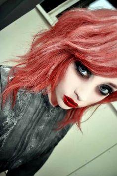 Great eye makeup.
