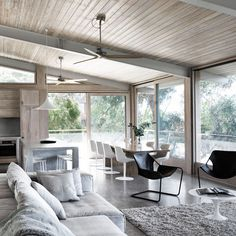 #openplan #livingroom #diningroom   livingroom-ocean-house-rob-mills