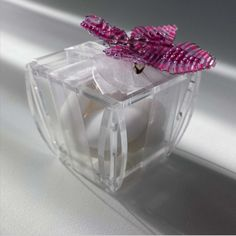 http://www.dabirstore.com/it/plexiglass/scatole-trasparenti/scatola-5x5x4-5/products.1.81.2860.sp.uw.aspx