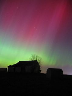 Aurora / Barn by Andrew_C, via Flickr