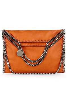 Chains and orange leather Stella McCartney envelope clutch. My Wallet, Valentino Rockstud, Old Hollywood Glamour, Kinds Of Shoes, Everyday Fashion, Purses And Bags, Michael Kors, Handbags, Shoe Bag