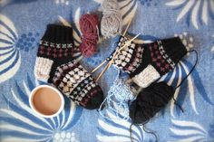 Photo by Liivia from VIA Knit Crochet, My Photos, Crochet Earrings, Socks, Textiles, Pairs, Knitting, How To Make, Inspire
