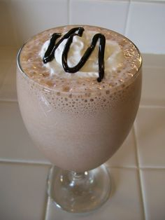 Girl Scout Cookie Inspired Protein Shake Recipes: Chocolate Mint Protein Shake (aka Thin Mint)
