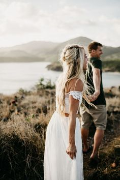 Photography couples intimate cameras Ideas for 2019 Couple Photography Poses, Engagement Photography, Couple Posing, Couple Shoot, Outdoor Couple, Wedding Couples, Romantic Couples, Wedding Ideas, Destination Wedding Photographer