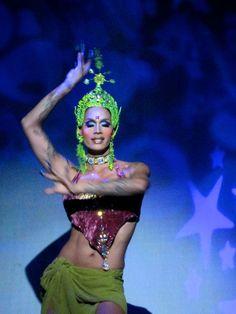 Raja Gemini Drag Queen Supreme!