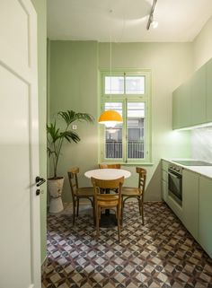 Waterfront Nikis Apartment features walls in shades of pink blue and green College Living Rooms, Tiny Living Rooms, Living Room Modern, Dining Room Design, Kitchen Design, Colour Architecture, Kitchen Dinning, Cool Apartments, Apartment Interior Design