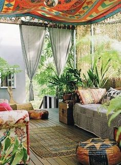 would love an outdoor space like this