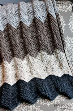 Chevron Crochet Blanket Pattern :: Rescued Paw Designs