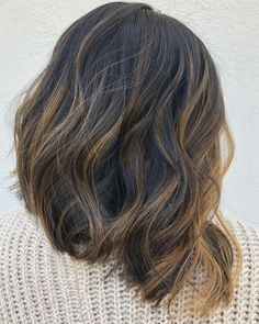 Brown Hair Cuts, Brown Hair Looks, Golden Brown Hair, Brown Hair Shades, Light Brown Hair, Dark Brown, Brown Hair With Blonde Highlights, Brown Ombre Hair, Hair Highlights