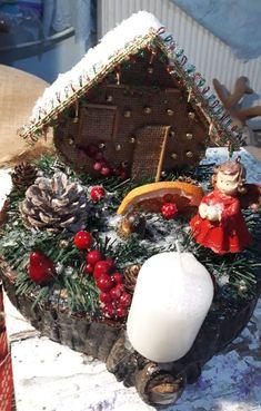 Pentru mai multe modele uimitoare și detalii, apelați cu încredere la numărul de telefon, site sau pagina de mai jos. Vă mulțumim. ❤❄ Contact: 📲 Telefon: 0726073718   🌐 Site: www.liro.ro  #decoratiuni #ornamente #timisoara #romania #craciun #sarbatori #handmade #pasiune #love Christmas Wreaths, Mai, Holiday Decor, Handmade, Home Decor, Hand Made, Decoration Home, Room Decor, Craft