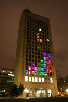 MIT students play tetris on a building.