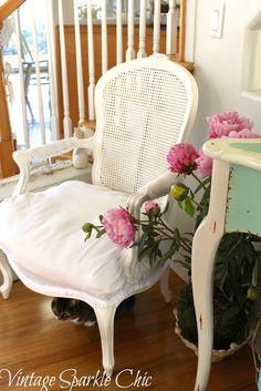 Vintage Işıltı Şık: Başka bir eski püskü sandalye yinele.....