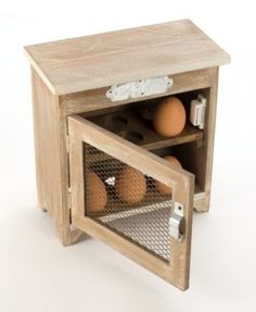 Wooden Egg Cupboard With Mesh Door Save: off Wooden Egg Cupboard With Mesh Door Add that country feel to your home with this wooden egg storage cupboard Shabby Chic Kitchen Accessories, Vintage Home Accessories, Egg Storage, Cupboard Storage, Diy Placards, Wooden Chair Plans, Wooden Cupboard, Whitewash Wood, Egg Holder