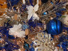 gold and blue christmas tree christmas decorating san diego furniture store le dimora - Christmas Decorations San Diego