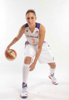 a6a1227c441 Diana Taurasi wearing Nike LeBron X PE