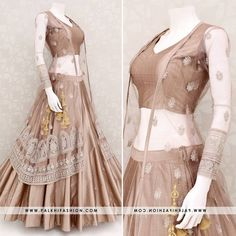 Image may contain: one or more people Wedding Lehenga Designs, Kurti Designs Party Wear, Half Saree Designs, Choli Designs, Designer Party Wear Dresses, Indian Designer Outfits, Stylish Dresses, Fashion Dresses, Indian Bridal Outfits
