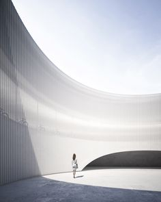 World Architecture Community News - Fran Silvestre proposes circular and hollowed building to ease manufacture process of mountain bikes Minimal Architecture, Interior Architecture, Parque Industrial, Conceptual Sketches, Patio Central, Facade Lighting, Light Building, Building Ideas, Facade House