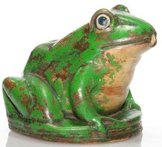 Weller Pottery; Coppertone, Frog, Lawn Sprinkler circa 1920 -1930 Vintage Pottery, Pottery Art, Vases, Weller Pottery, Pottery Animals, Lawn Sprinklers, Flower Frog, Frog And Toad, Vintage Farm