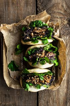 Bao, pan chino al vapor Gua Bao, pan chino al vapor - Bake-Gua Bao, pan chino al vapor - Bake- Gua Bao, Food Styling, Styling Tips, Beaux Desserts, Asian Street Food, Chinese Street Food, Bao Buns, Food Photography Styling, Photography Props