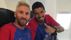 Messi New Look Platinum Blonde Frisuren für Männer, Mann, Messi blonde Frisuren 2016 Barcelona Team, Cute Girls Hairstyles, Winter Hairstyles, Blonde Hairstyles, Neymar, Messi News, Lionel Messi Family, Look 2017, Hair Styler