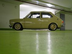As mentioned here, a friend of mine is the owner of that gorgeous beige Fiat 127 that pops up here from time to time. It& a 1973 model and he is the second owner of that little beauty. Bbs, Cool Bugs, Fiat Abarth, Fiat 500, Cars And Motorcycles, Two By Two, Nice Cars, Vroom Vroom, Garage