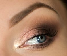 Makeup Geek Eyeshadows in Beaches and Cream, Frappe and Latte. Look by: Magdalena Mizura