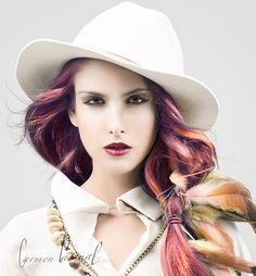 Modelo: Anna Mompó Berná Estilismo: Rosa Diez Maquillaje: Lara Garcia Ontiveros Cerdeño Fotografía y Edición: Carmen Pascual http://carmenpascualsoler.com  En el taller de fotografia de Murcia en Objetivo Center, impartido por Carlos Fernández para DIFLASH #girl #woman #retrato #portrait #beauty #carmenpascual #fashion #fashionphotos #fashionphotography #fashionstyle #moda #modafashion #sombrero #sesiondefotos #sesionfotografica #sesionphotos #beauty #beautifulgirl