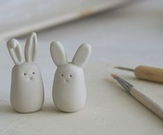 bunnies! More use for packages of white Model Magic.