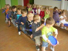 Thema : verkeer. Transport Topics, Preschool Crafts, Transportation, Cooperative Games, London, Autos, Blue Prints, Gymnastics, Preschooler Crafts